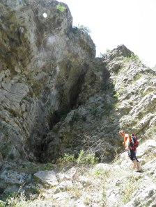 Overhanging sector Coloseum, home to two briliant routes: Zabushant and Kalabaster.