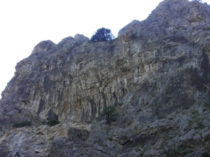 Nice looking tufa sector, unfortunately we didn't have time to visit it