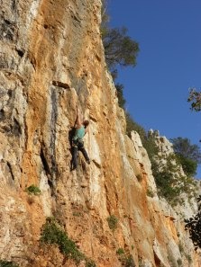 Petra enjoying sun and nice routes in Laterza