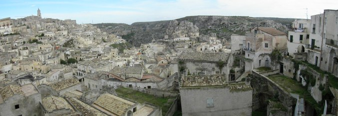 If you happen to be in south of Italy, be sure to visit breathtaking, historical city, Matera